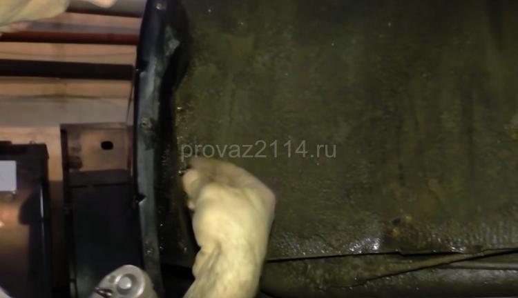 Этапы демонтажа бампера на ваз 2114 1