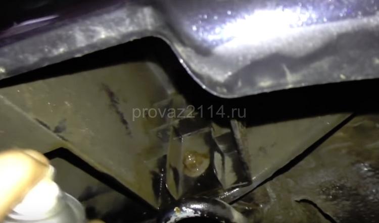 Этапы демонтажа бампера на ваз 2114 5
