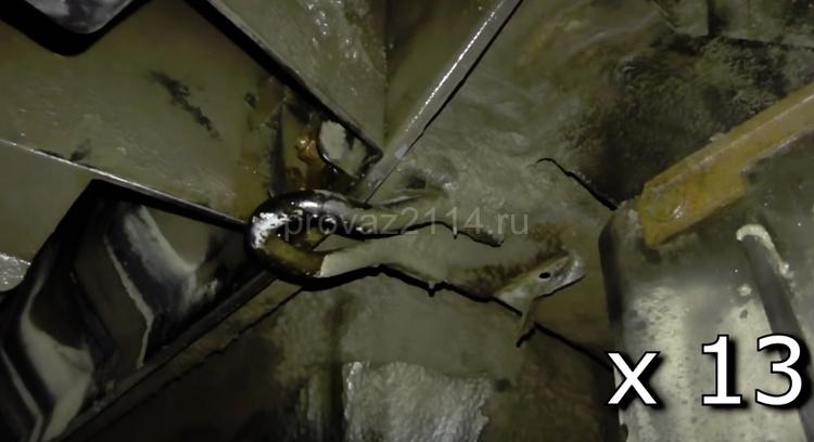 Этапы демонтажа бампера на ваз 2114 6