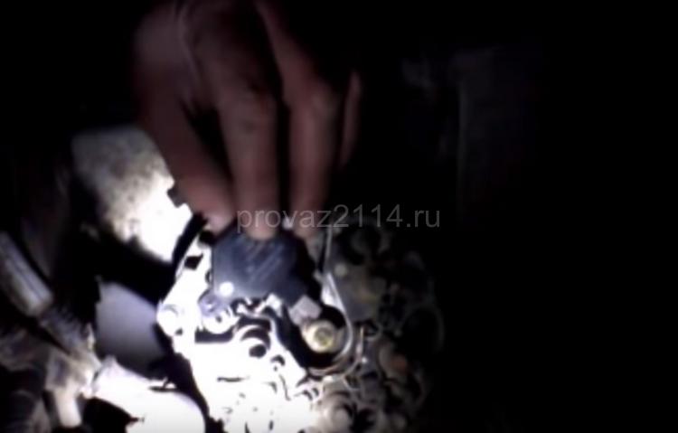 Пошаговая замена щеток генератора на ваз 2114 QIP Shot - Screen 16966 03.01.20