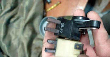 Замена щеток генератора на ВАЗ 2114 своими руками