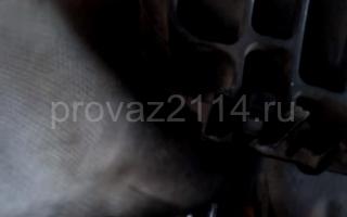 Последовательность снятия форсунок на ваз 2114 13