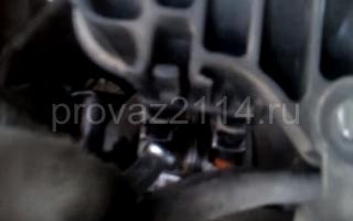 Последовательность снятия форсунок на ваз 2114 4