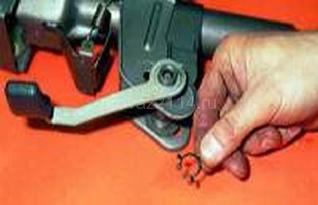 Демонтаж рулевой колонки с промежуточным валом 19