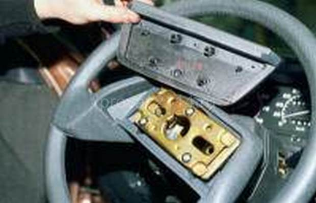 Демонтаж рулевой колонки с промежуточным валом 4